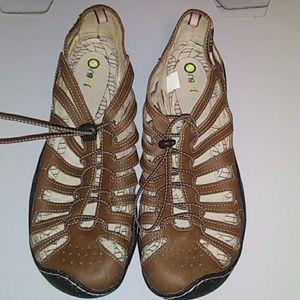 Jambu barefoot design brown shoes